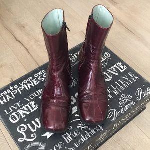 Sigerson Morrison booties wine burgundy color sz 8